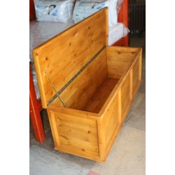 Oregon Pine Foot-end Chest